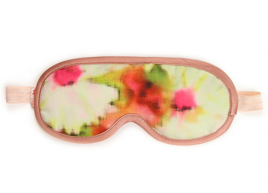 Blushing Peach Daisy Sleeping Mask Front